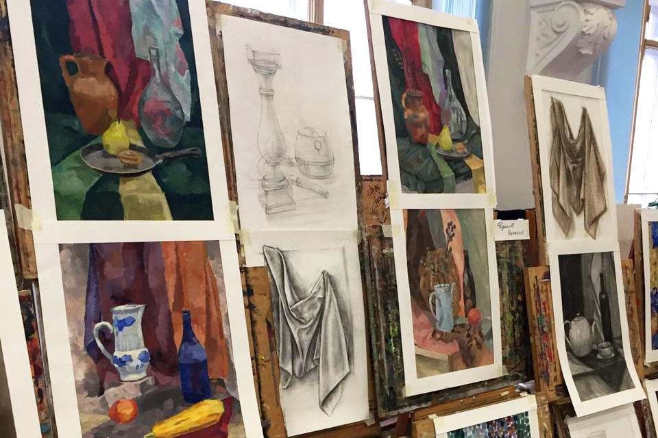 Просмотр творческих работ «Живопись и рисунок»
